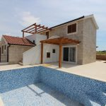 New-built villa in attractive location, Rogoznica