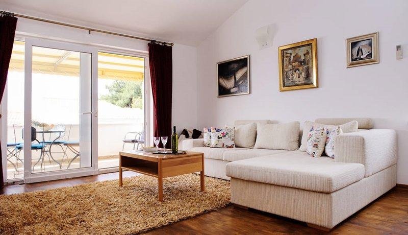 Wonderful and spacious apartment on Ciovo island