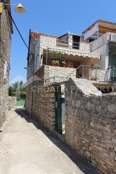 Traditional dalmatian stonehouse on island Brac