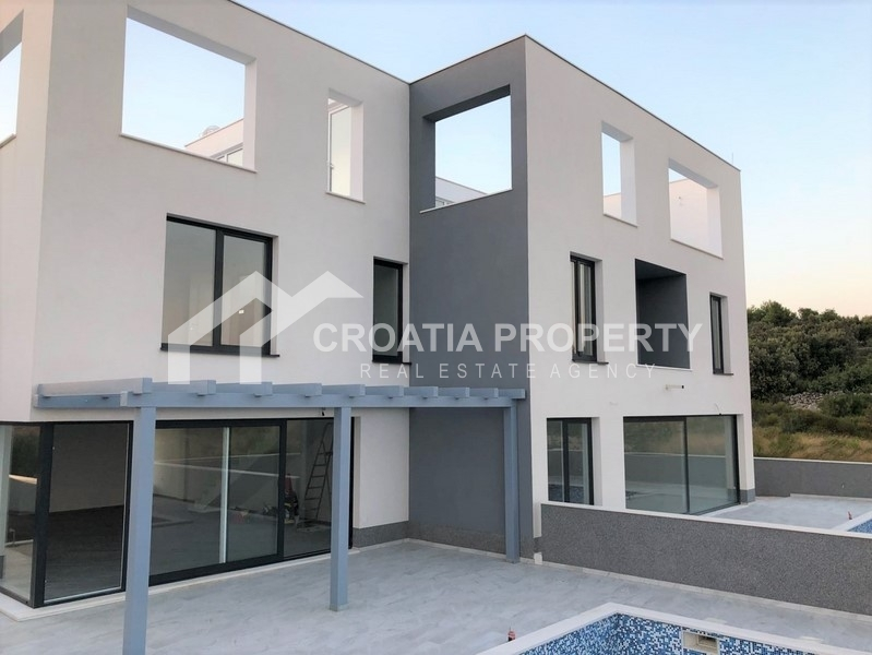 neugebauten villen sch ne lokation rogoznica immobilien in kroatien. Black Bedroom Furniture Sets. Home Design Ideas