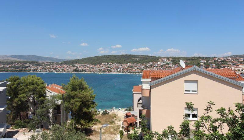 Apartment house near beach, Ciovo island