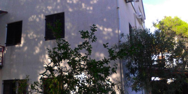 One bedroom apartment in Milna, Brac island