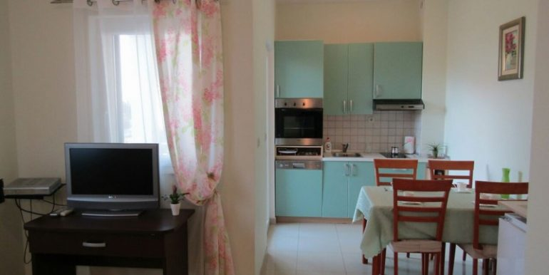 apartment nice location supetar (2)