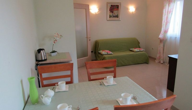 apartment nice location supetar (6)