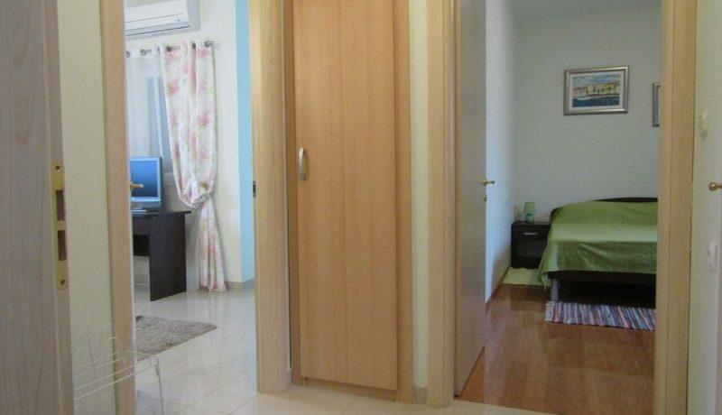 apartment nice location supetar (8)