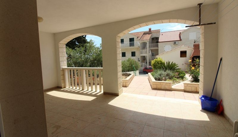 apartment house forsale (11)