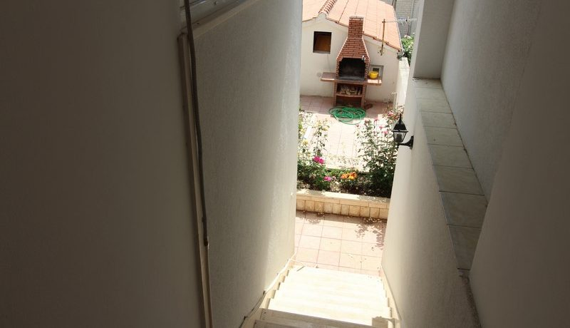 apartment house forsale (12)