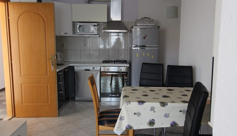 apartment house forsale (13)