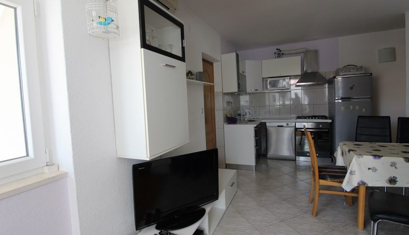 apartment house forsale (15)