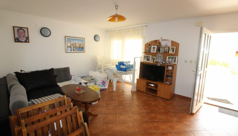 apartment house forsale (9)