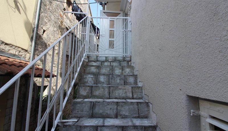 old stone house Trogir centre (19)
