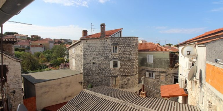 old stone house trogir centre (13)