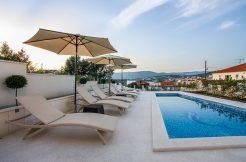 Newly built luxurious villa
