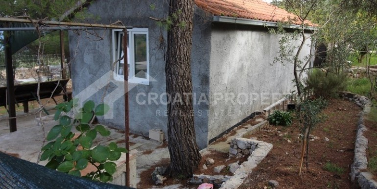 house for sale sutivan brac (13)