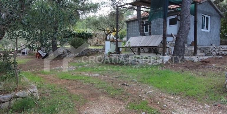 house for sale sutivan brac (7)