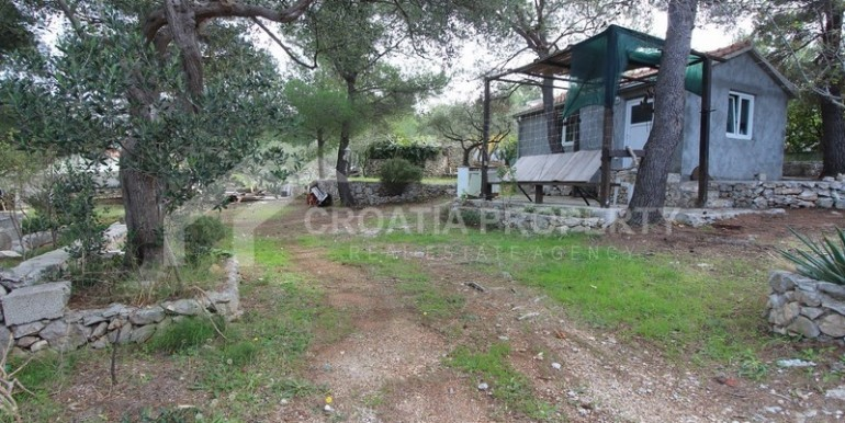 house for sale sutivan brac (8)