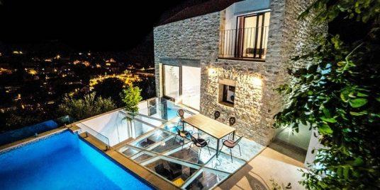Luxurious villa for sale in Brac, Sutivan