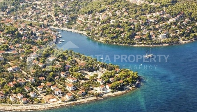 Building land for sale, Splitska island of Brac