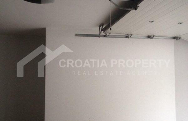 apartment in sutivan for sale (15)