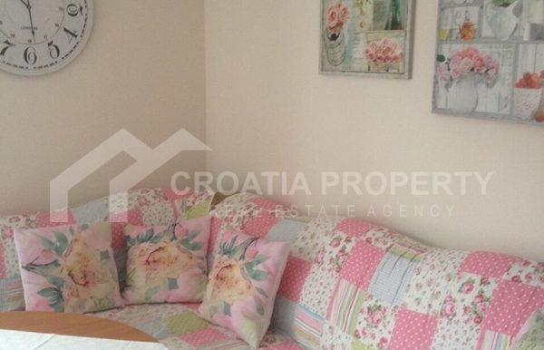 apartment in sutivan for sale (4)