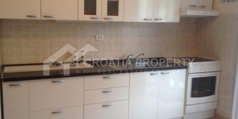 apartment in sutivan for sale (6)