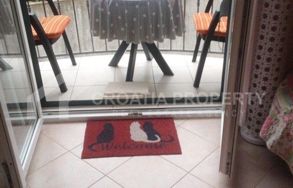 apartment in sutivan for sale (9)