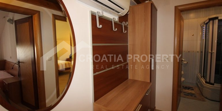 apartment in the centre of Trogir (12)