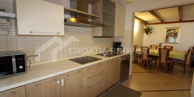 apartment in the centre of Trogir (4)