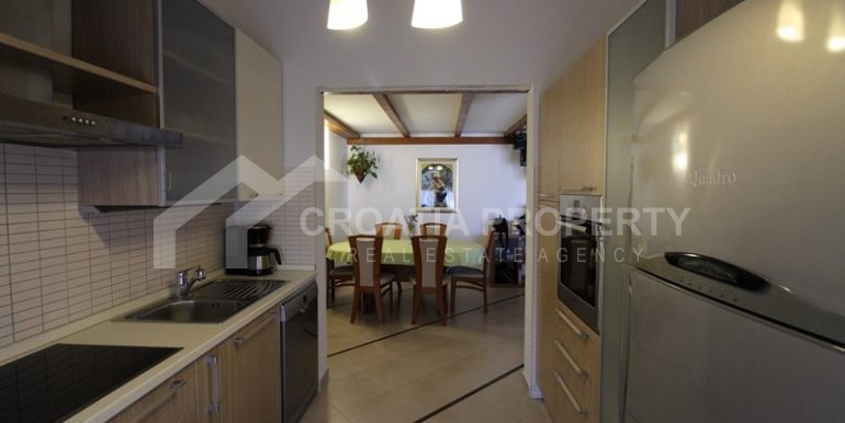 apartment in the centre of Trogir (5)