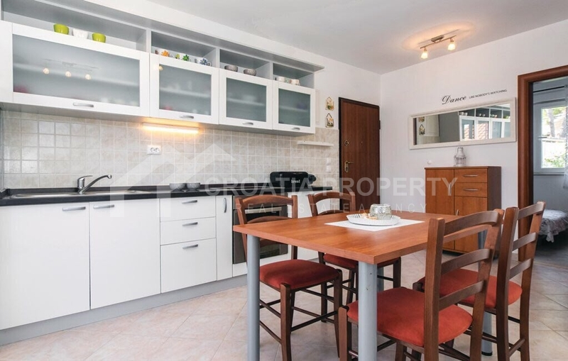 Two bedroom apartment for sale in Sutivan