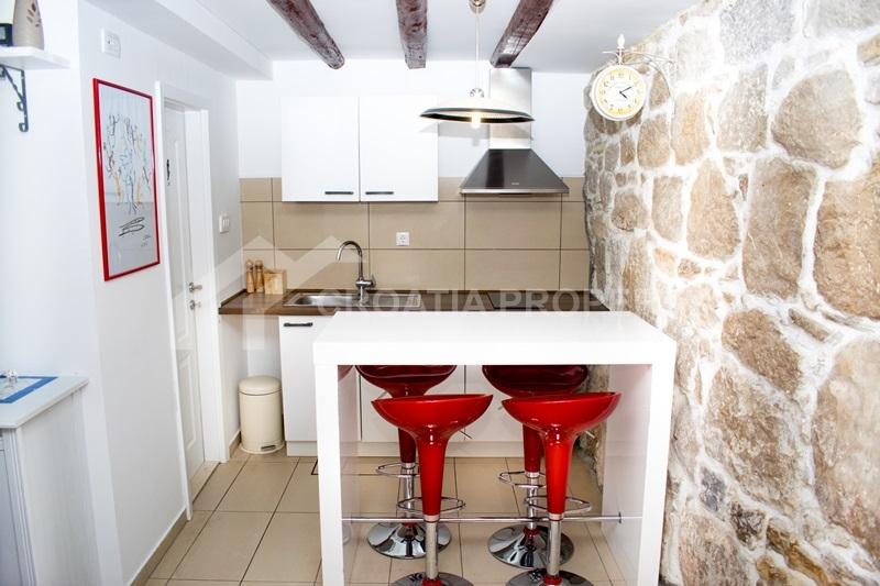 House for sale, center of Split, Varos