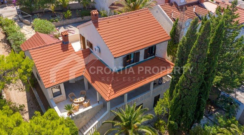 beautiful house Splitska (22)
