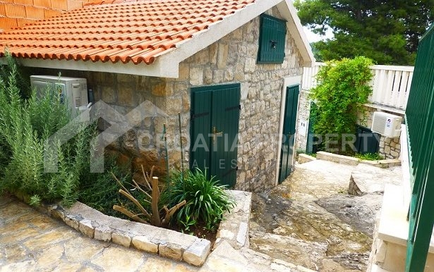 house for sale brac island (3)