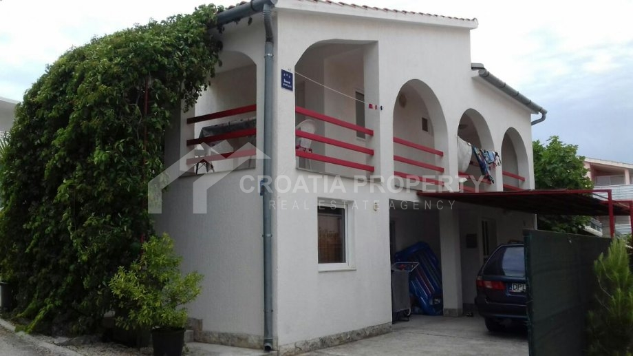 Apartment house Rogoznica for sale