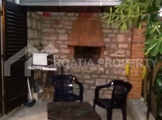 stone house for sale brac (4)