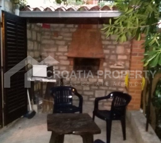 stone house for sale brac (4)
