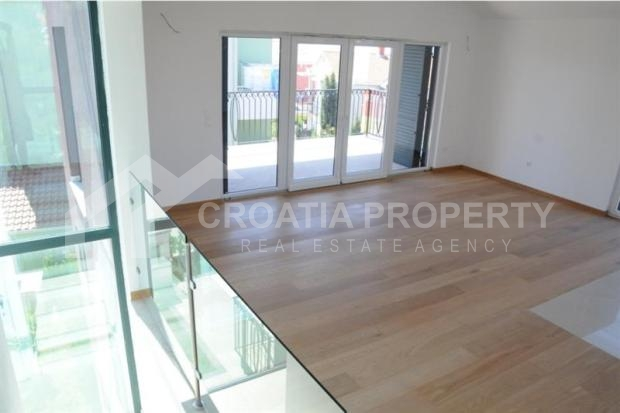 apartment on ciovo island for sale (4)