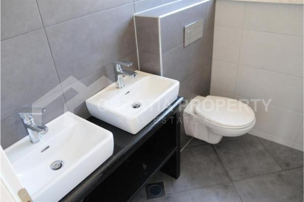 apartment on ciovo island for sale (5)