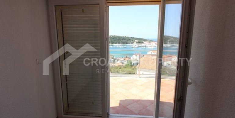 apartments sea view in Rogoznica (11)