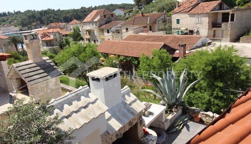 house for sale milna brac (22)