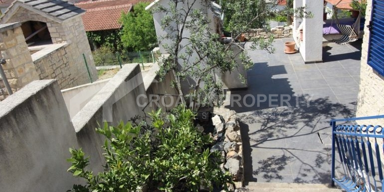 house for sale milna brac (25)