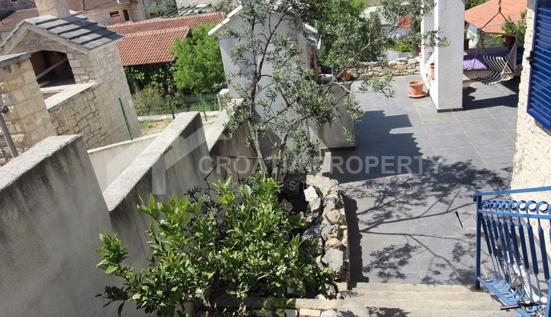 house for sale milna brac (25)