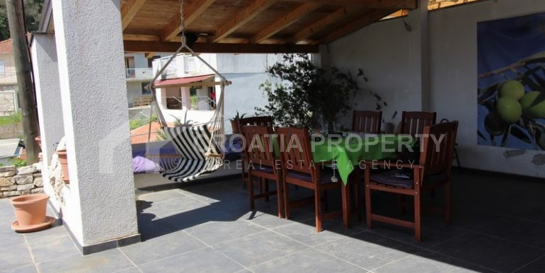 house for sale milna brac (26)