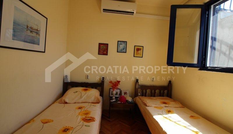 house for sale milna brac (29)