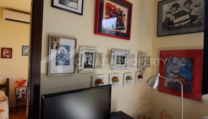house for sale milna brac (31)