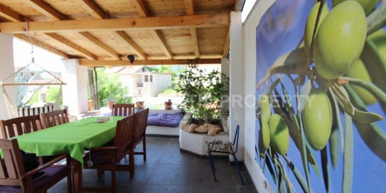 house for sale milna brac (33)