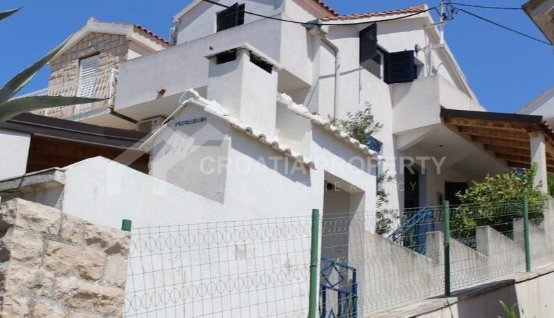 house for sale milna brac (39)