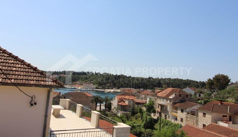 house for sale milna brac (4)