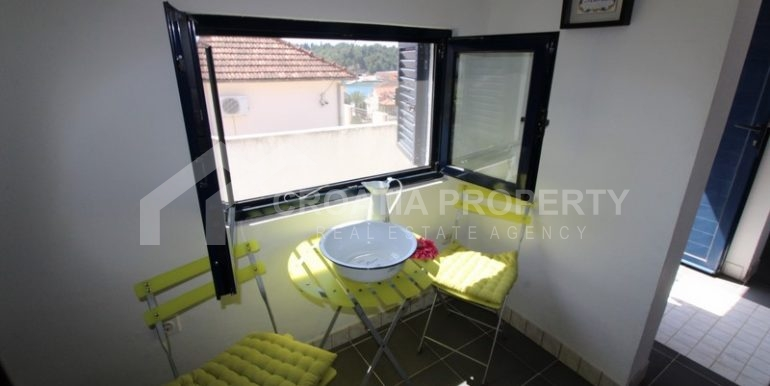 house for sale milna brac (7)