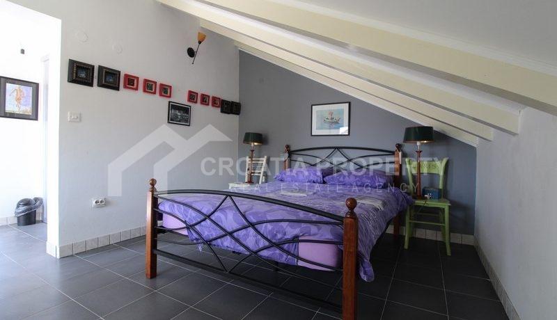 house for sale milna brac (8)